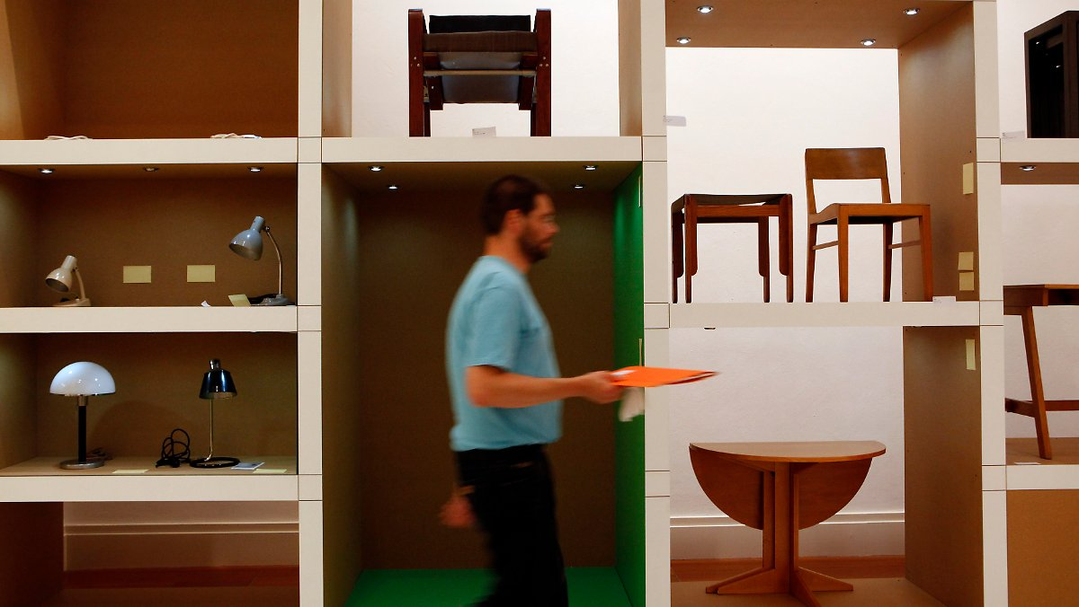 bislang gr te werkschau modell bauhaus in berlin n. Black Bedroom Furniture Sets. Home Design Ideas