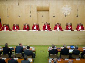 Das Richter-Gremium in Karlsruhe.