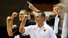 Bundestrainer Dirk Bauermann erwartet eine Steigerung von allen Spielern. Ohne wird es nicht gehen.