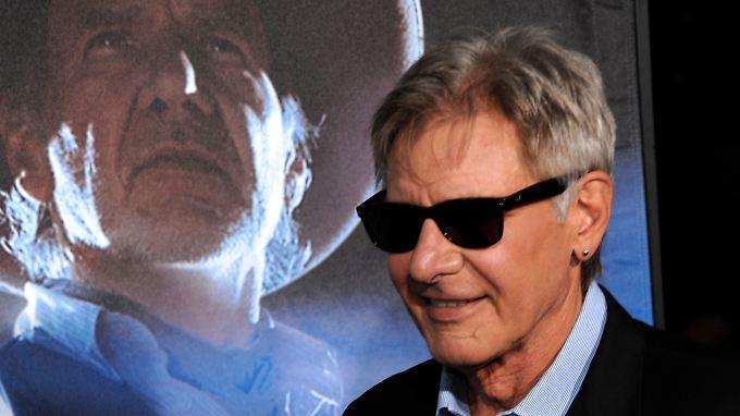 """auch wenn er nicht gerne ins Kino geht, seine eigenen Premieren (zuletzt """"Cowboys und Aliens"""")  schaut sich Ford dann doch an."""
