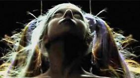 Provozierender Videoauftritt: Lady Gaga wirbt in Paris für Mugler
