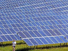 Eine Solaranlage bei Kaufbeuren/Ostallgäu.