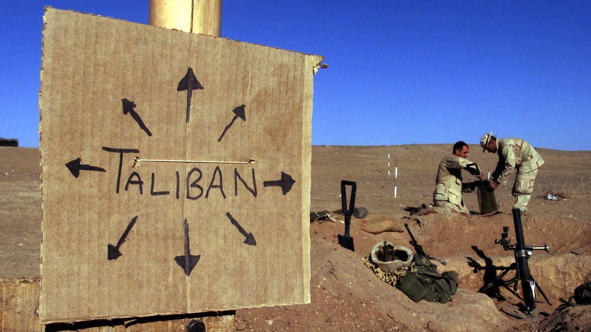 nach 10 jahren taliban st rker als zuvor der blutige krieg in afghanistan n. Black Bedroom Furniture Sets. Home Design Ideas