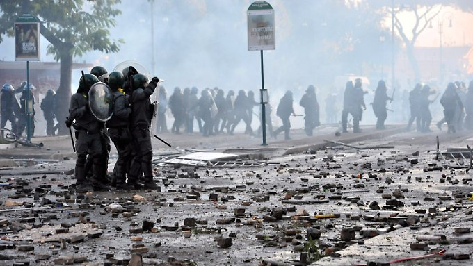 Weltweite Demonstrationen gegen Banken: In Rom und London eskalieren Proteste