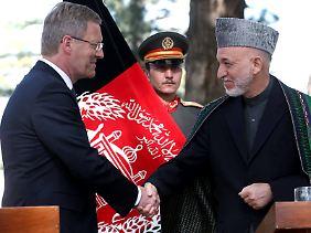Am Sonntag kam Wulff mit Präsident Karsai in Kabul zusammen.