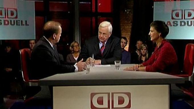 Christian Achilles und Sahra Wagenknecht: Wer zähmt die Banken?