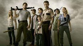 Erkennen Sie einige aus der ersten Staffel wieder? Shane, Glenn, Rick, Lori, Carl, Dale ...