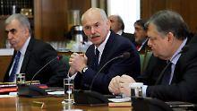 Giorgos Papandreou auf einer der unzähligen Sitzungen.