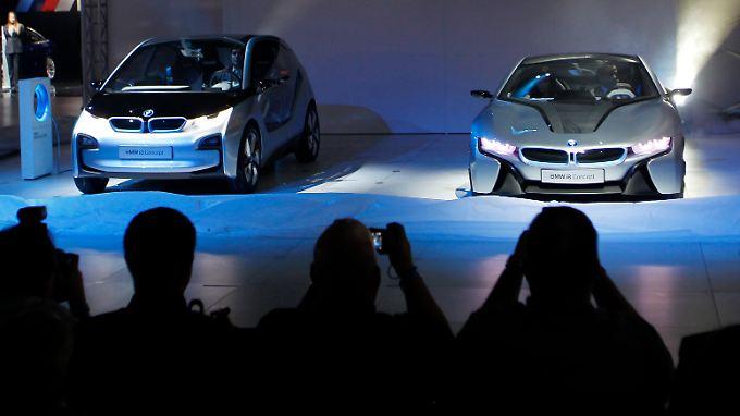 Markt steht vor mageren Zeiten: Autobauer setzen sich in L.A. in Szene