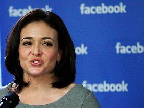 Trommelt für ihr Produkt: Sheryl Sandberg.