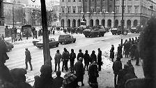 Panzer rollen durch die Straßen Polens: Als Jaruzelski zum Kriegsrecht greift