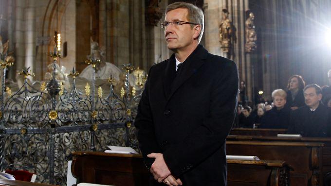 Affäre um den Bundespräsidenten: Reiste Wulff-Sprecher gratis?