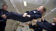 Hawkings Humor ist vor allem auch in Film und Fernsehen geschätzt. Dort ist er ein beliebter Komparse.