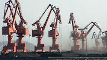 Chinas Rohstoffhunger sorgt für internationalen Ärger.