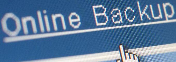 Wichtige Daten besser mehrfach absichern: auf dem Rechner, online sowie auf externen Speichermedien.