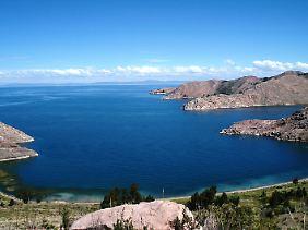 Der Titicacasee leidet unter zunehmender Verschmutzung.