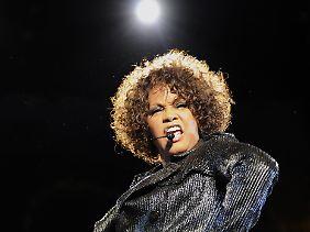 Houston während eines Konzerts in Hannover im Mai 2010.