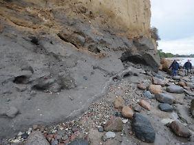 Blick auf die Steilküste am Strand von Lobbe. (Bild vom 16. Oktober)