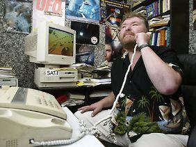Werner Walter an der UFO-Hotline.