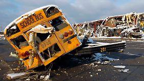 Verzweiflung nach Tornadoserie in den USA: Tausende stehen vor dem Nichts