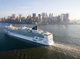 Logenblick: Vom Wasser aus zeigt sich die Skyline Manhattans in ihrer ganzen Pracht.