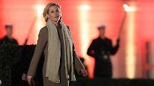 Großer Zapfenstreich für Ex-Bundespräsident: Wulff mit Pauken und Vuvuzelas verabschiedet