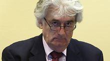 Karadzic steht in Den Haag wegen Völkermord vor Gericht.