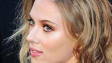 Die Nacktfotos von Scarlett Johansson stellte der Mann ins Internet, nachdem er zuvor ihr E-Mail-Postfach angezapft hatte.