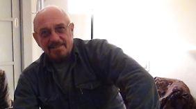 n-tv Reporter Manfred Bleskin spricht mit Ian Anderson von Jethro Tull.