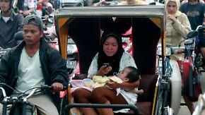 Erdbeben-Serie erschüttert Sumatra: Warnzentrum hebt Tsunami-Alarm auf