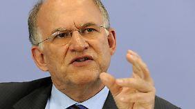 Fordert Aufklärung über den neuen Standard IPv6: Bundesdatenschutzbeauftragter Peter Schaar.