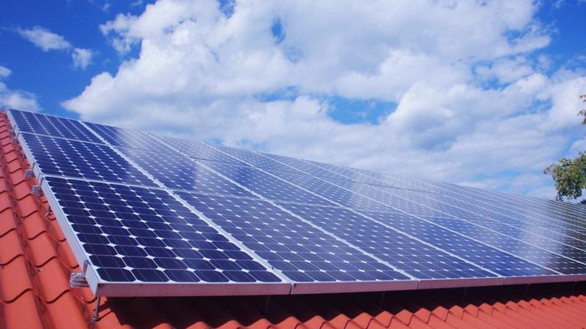 fehlplanung oder technischer defekt solaranlagen mit mieser leistung n. Black Bedroom Furniture Sets. Home Design Ideas
