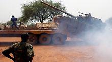 Der Südsudan bringt weiter sein Panzer in Stellung, hier ein sowjetischer T-72.