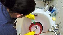 Reinigungskräfte werden gern auf 400-Euro-Basis eingestellt.