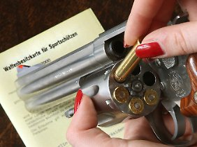 In Deutschland gibt es viele illegale Waffen.