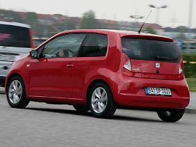 Mit 251 Litern Gepäckraum hinter den vier Sitzen ist das kleine Auto recht transportfreudig.
