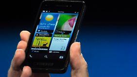 Keine Tasten erkennbar: So sieht der Prototyp des Blackberry 10 aus.