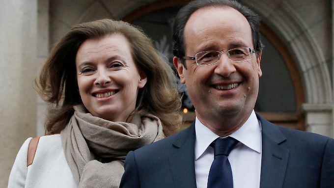 Sie sind schon seit Längerem ein Paar: Trierweiler und Hollande.