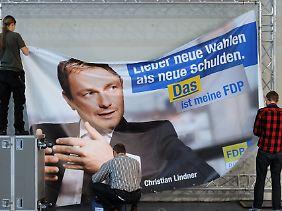 Großes Konterfei mit Slogan: Der Wahlkampf der NRW-FDP ist stark auf den Kandidaten zugeschnitten.