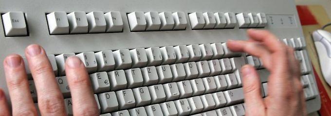 Hautbakterien sind auf jeder PC-Tastatur zu finden.