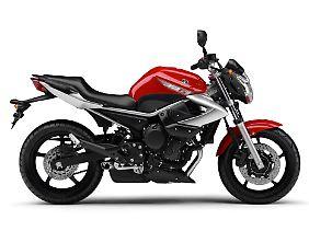 Die Yamaha XJ6 wird von einem Seidenweichen Vierzylinder angetrieben.