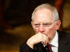 """""""Sparen und Wachstum sind kein Widerspruch"""", sagt Wolfgang Schäuble."""