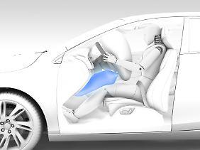 Erstmals wurde in einem Volvo ein Knie-Airbag verbaut.