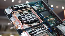 """""""SuperMUC"""" rechnet sich in die Weltklasse: Deutschland baut Europas schnellsten Computer"""