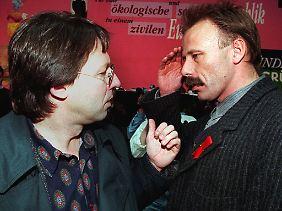 In ihrer Ablehnung von Auslandseinsätzen der Bundeswehr waren sich Ludger Volmer und Jürgen Trittin einst sehr einig. (Bild von 1995)