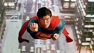 Kryptonit, Fledermaus und Bondage-Spiele: Diese Helden retten die Welt - immer wieder