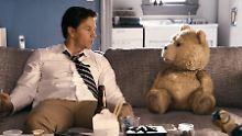 Kiffender Teddy bei den Oscars: Wahlberg kommt mit Ted