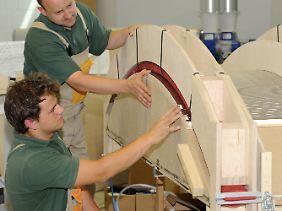 Handwerkliche Berufe sind bei Jugendlichen wieder gefragt.