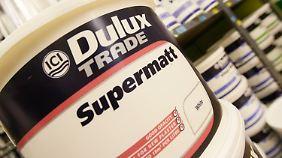 Akzo Nobel ist vor allem für seine Marke Dulux bekannt.
