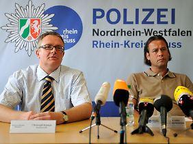 Die Ermittlungen führen Staatsanwalt Christoph Kumpa (l.) und der Leiter der Mordkommission, Guido Adler.